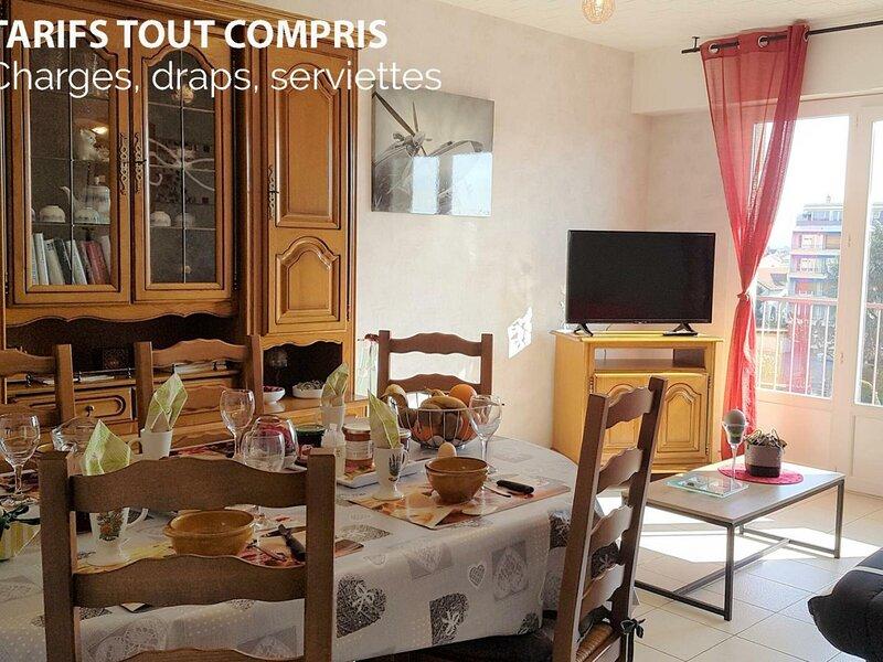 Appart' Place du Marché, holiday rental in Saint-Laurent-de-Chamousset