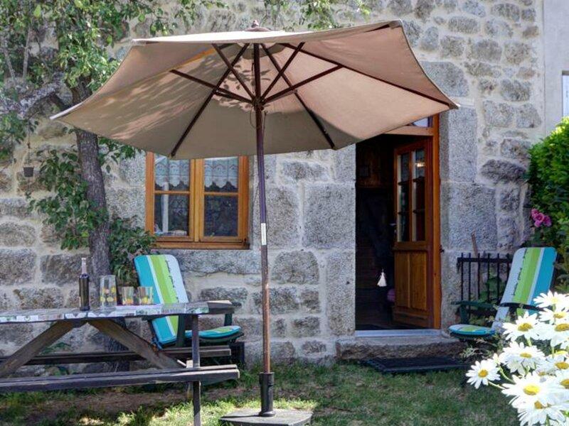 Sous le Poirier, holiday rental in Saint-Julien-d'Ance