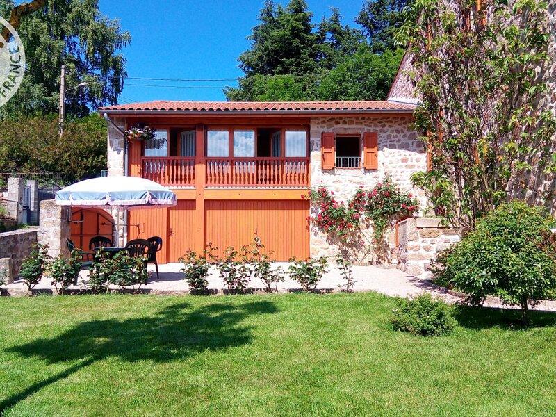 Les Myrtilles, holiday rental in Saint-Julien-d'Ance