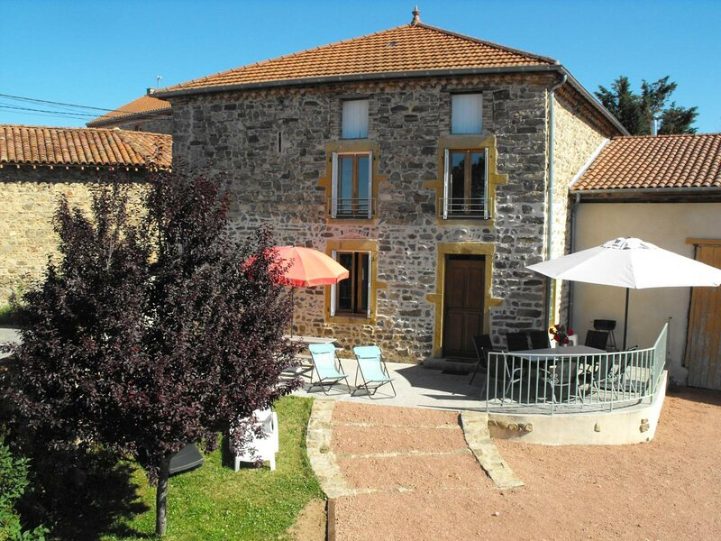 Le Grand Marcilleux, holiday rental in Saint-Just-la-Pendue