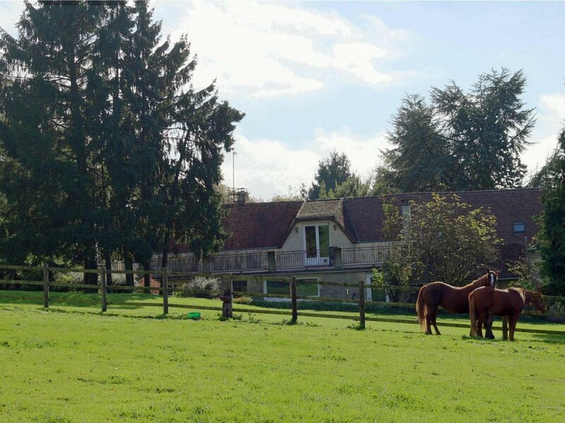 Les Noyers - gite Vanessa, holiday rental in Chailloue