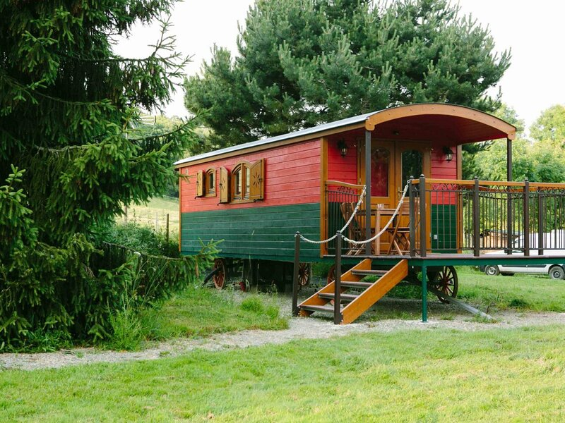 La roulotte d'Ecouves, holiday rental in Chailloue