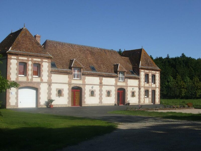 Le Perron, holiday rental in Chennebrun