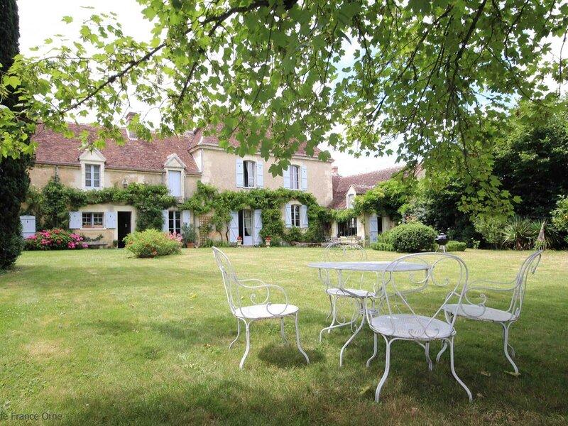 Le Clos Saint Paterne, holiday rental in La Loupe