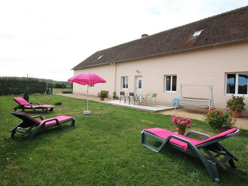La Filochère, holiday rental in Nogent Le Bernard