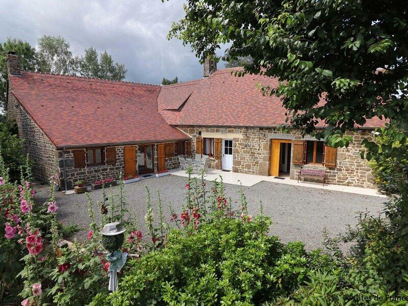 Le Petit Mesnil, location de vacances à Tinchebray