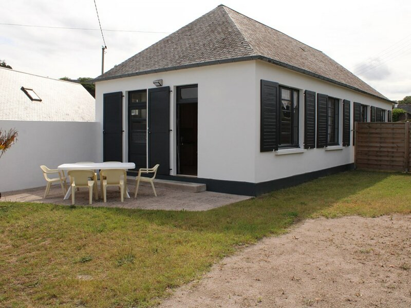 A ERQUY, à environ 30m de la très belle plage de CAROUAL, holiday rental in La Bouillie