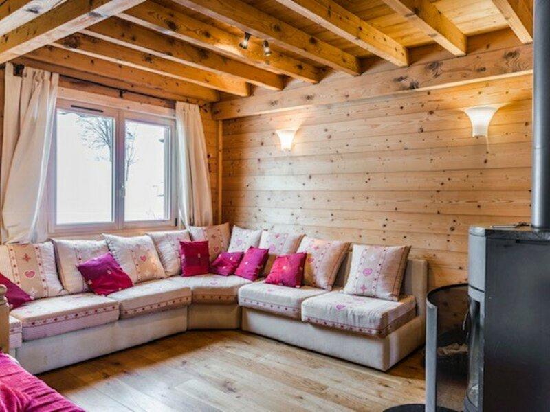 GRAND CHALET PROCHE DES PISTES ET DU CENTRE, holiday rental in Crest-Voland