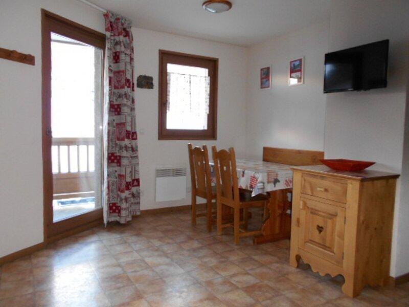 BONB44M - Appartement pour 4 personnes  au pied des pistes, alquiler de vacaciones en Lanslevillard