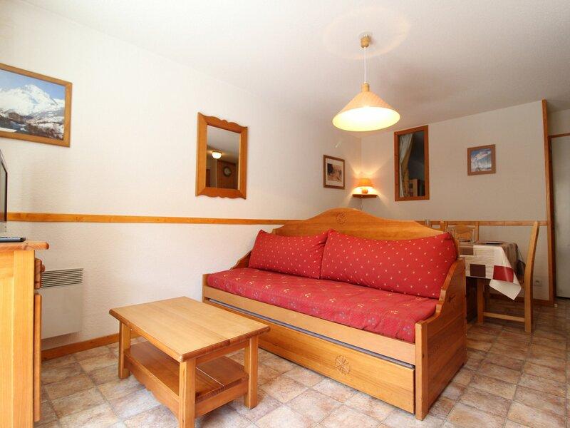 ESS014M - Appartement pour 5 personnes au centre du village et proche des pistes, vacation rental in Bessans