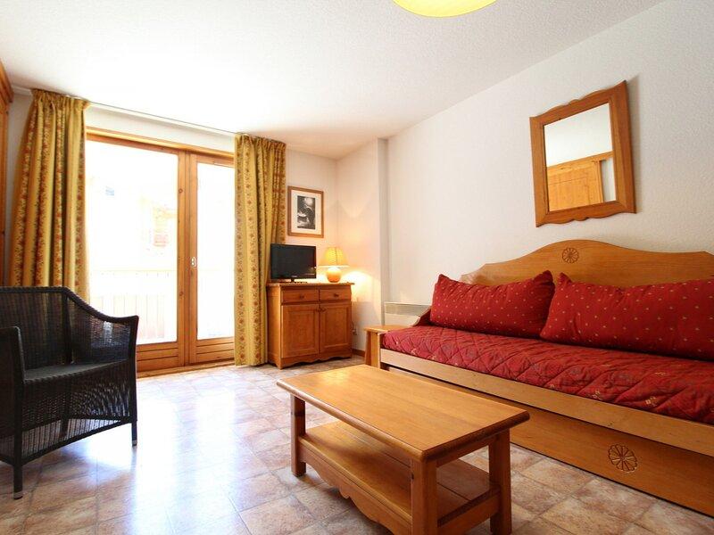ESS015M - Appartement pour 6 personnes au centre du village et proche des pistes, vacation rental in Bessans