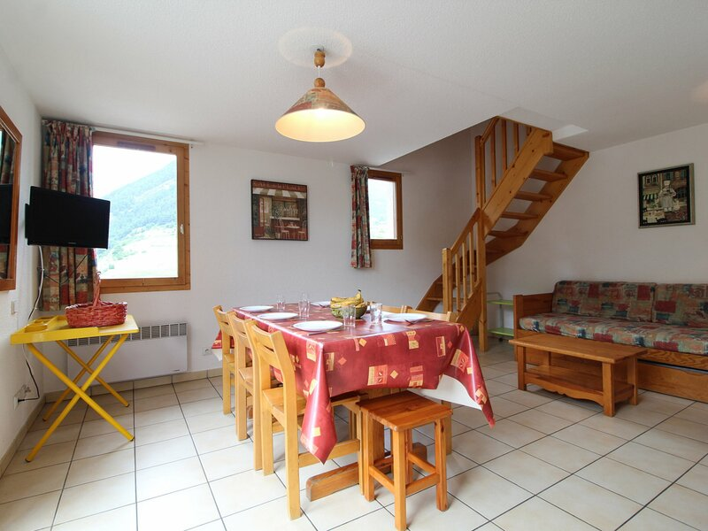 PMB030 Appartement 8 pers - Résidence au pied des pistes avec belle vue montagne, aluguéis de temporada em Val-Cenis