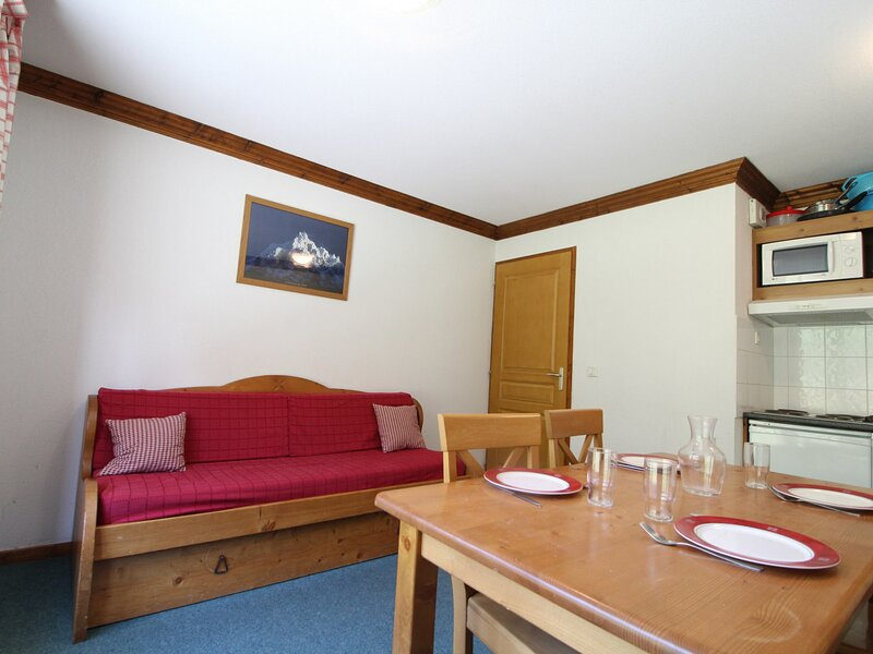 VALE22 Appartement pour 4 personnes - résidence avec piscine, holiday rental in Lanslebourg Mont Cenis