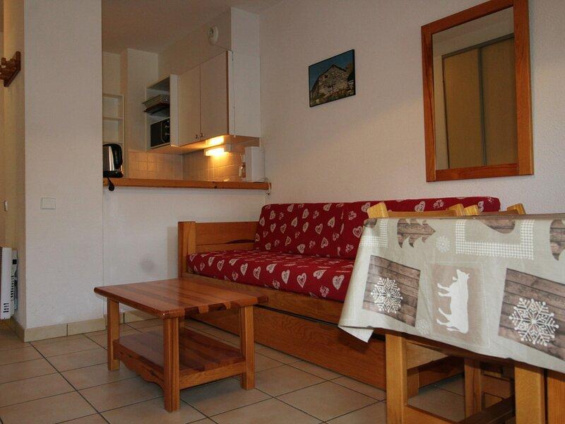 PMB020 Appartement 4 pers - Résidence au pied des pistes avec belle vue sur le, holiday rental in Termignon