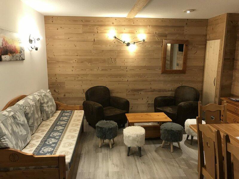 COM400 :Appartement dans quartier calme proche des navettes gratuites et de la, casa vacanza a Bramans