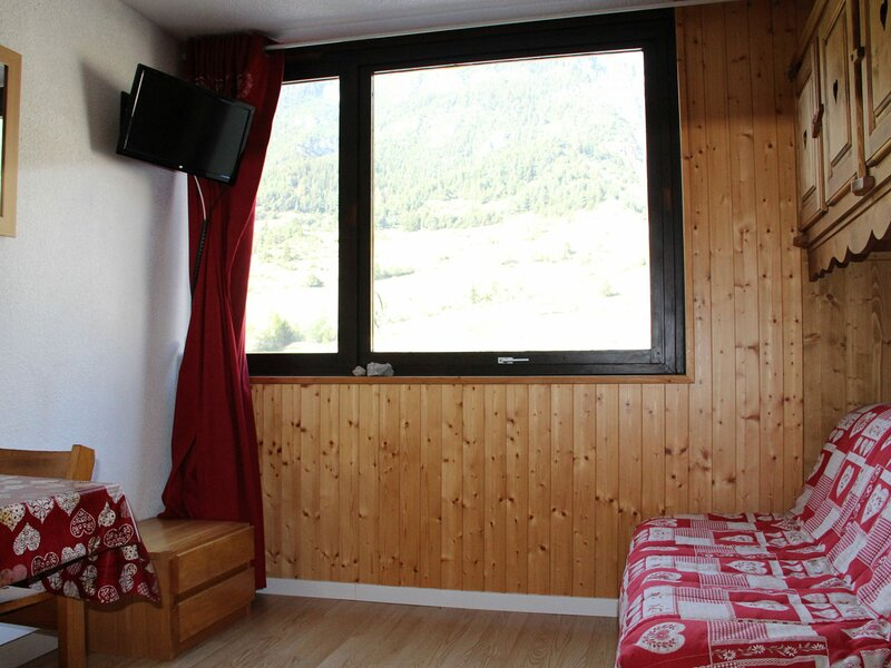 CHO236 : Studio 2/3 personnes au pied des pistes, vacation rental in Lanslevillard