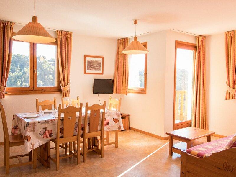 COM433 :Appartement dans quartier calme proche des navettes gratuites et de la, casa vacanza a Bramans