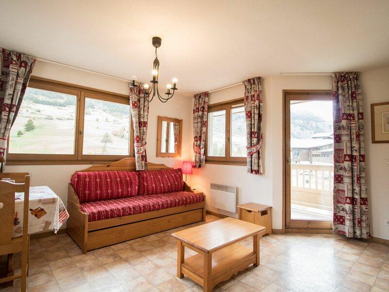 BONA72 - Appartement spacieux au pied des pistes, vacation rental in Lanslevillard