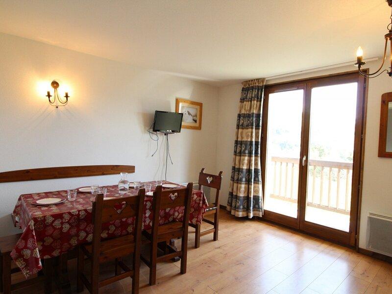 SPO003 Spacieux duplex pour 6 pers avec très belle vue montagne, casa vacanza a Bramans