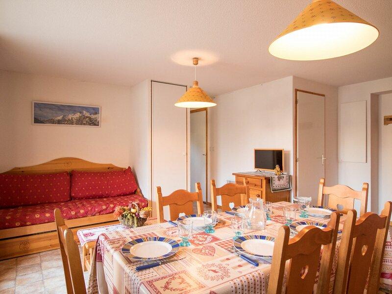 COM503M :Appartement dans quartier calme proche des navettes gratuites et de la, casa vacanza a Bramans