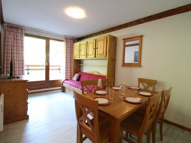 VALE07 Appartement pour 6 personnes - résidence avec piscine, holiday rental in Lanslebourg Mont Cenis