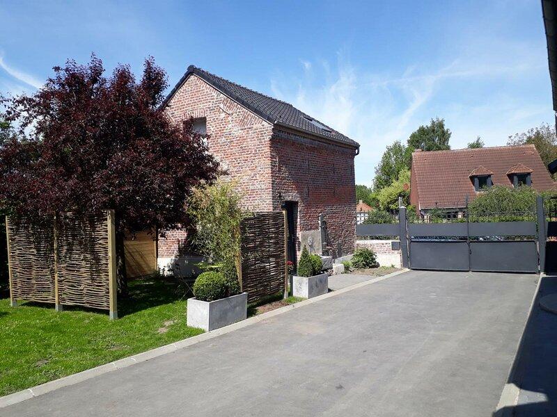 L'atelier de  Théa, holiday rental in Saint-Amand-les-Eaux