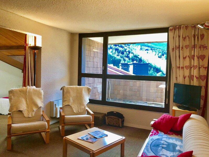 Bel appartement au départ des pistes de ski, holiday rental in La Chapelle-en-Vercors