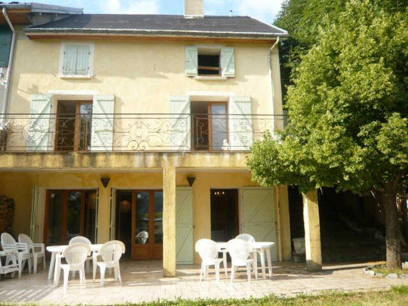Maison de caractère en plein centre du village de Villard de Lans, location de vacances à Villard-de-Lans