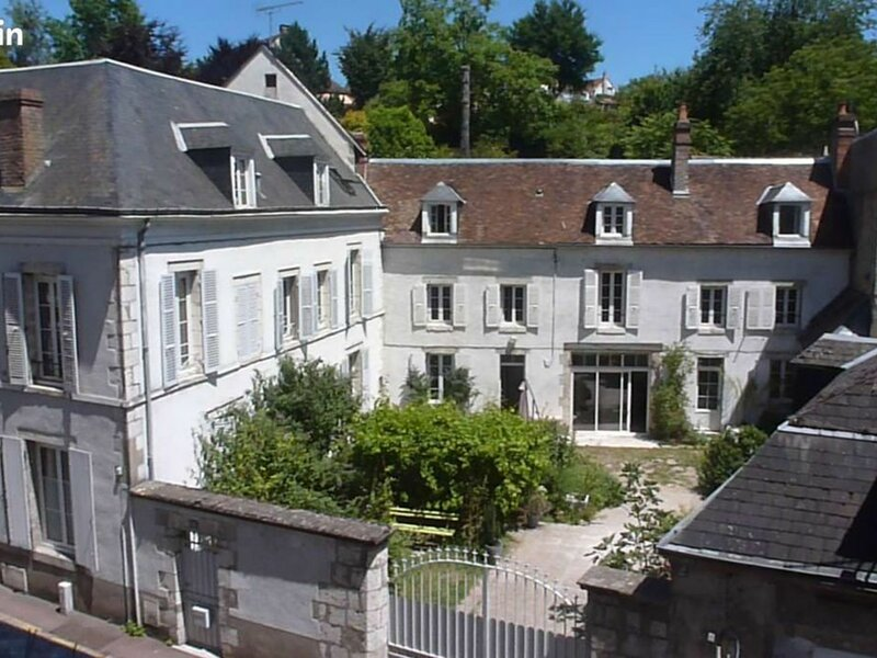 Le 16 Thiers, holiday rental in Nevoy