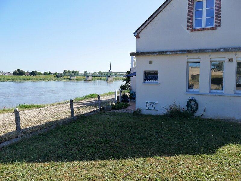 Gîte de Montbarry, location de vacances à Germigny-des-Pres