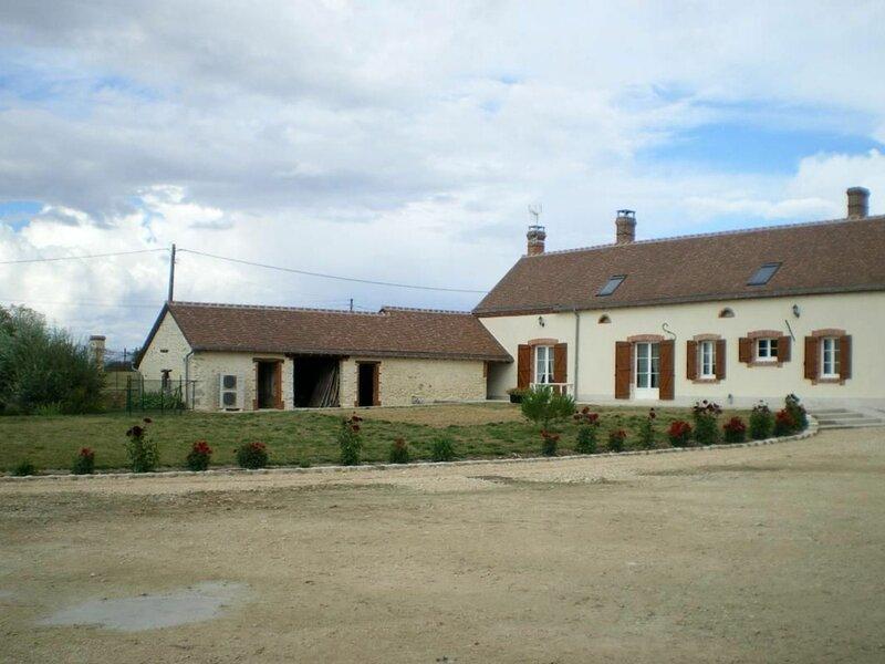 Gîte de Moulon, alquiler vacacional en Paucourt