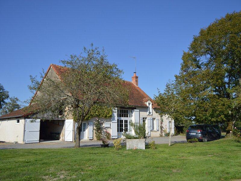 Chez Tata Bis, location de vacances à Ambrault