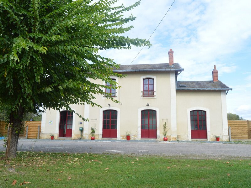 La Gare, location de vacances à Ambrault