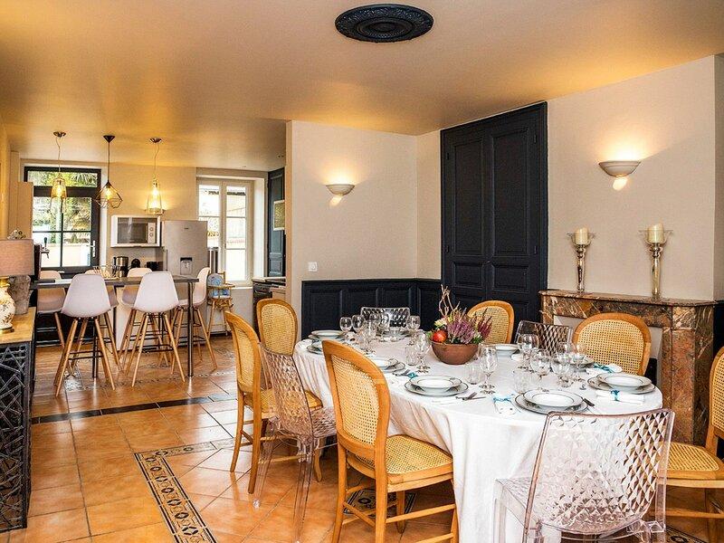 La Maison de l'Abbaye - Tarifs tout inclus, holiday rental in Issoudun