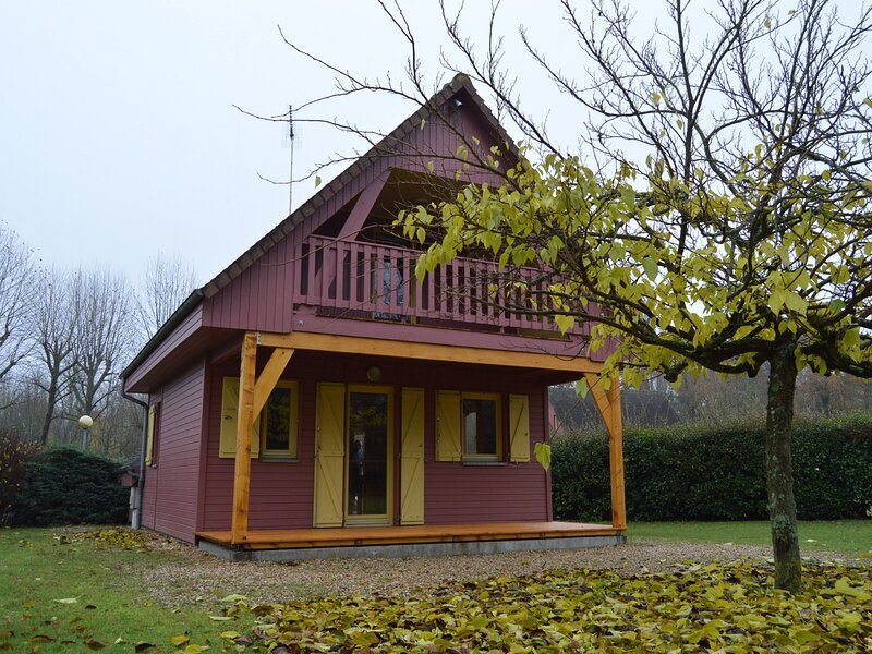 Chalet communal Côté Pont, holiday rental in Romorantin-Lanthenay