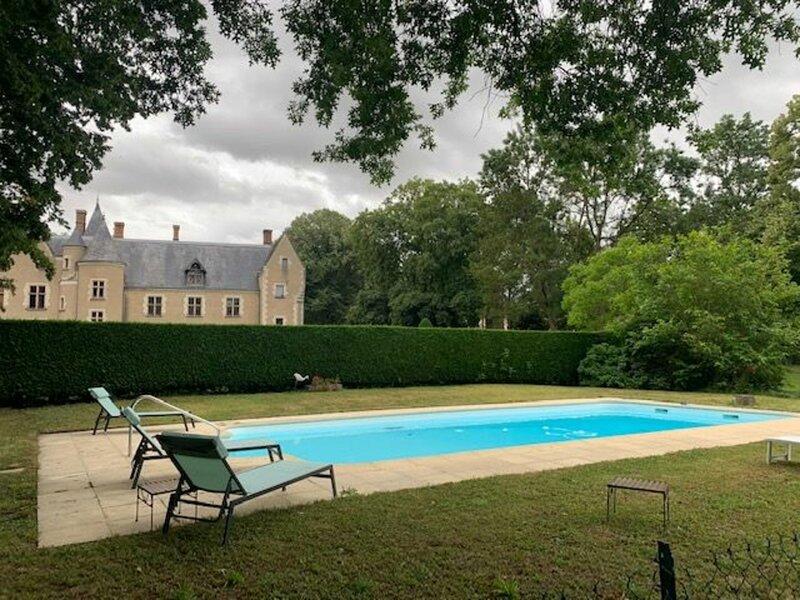 Le Pavillon, holiday rental in Issoudun
