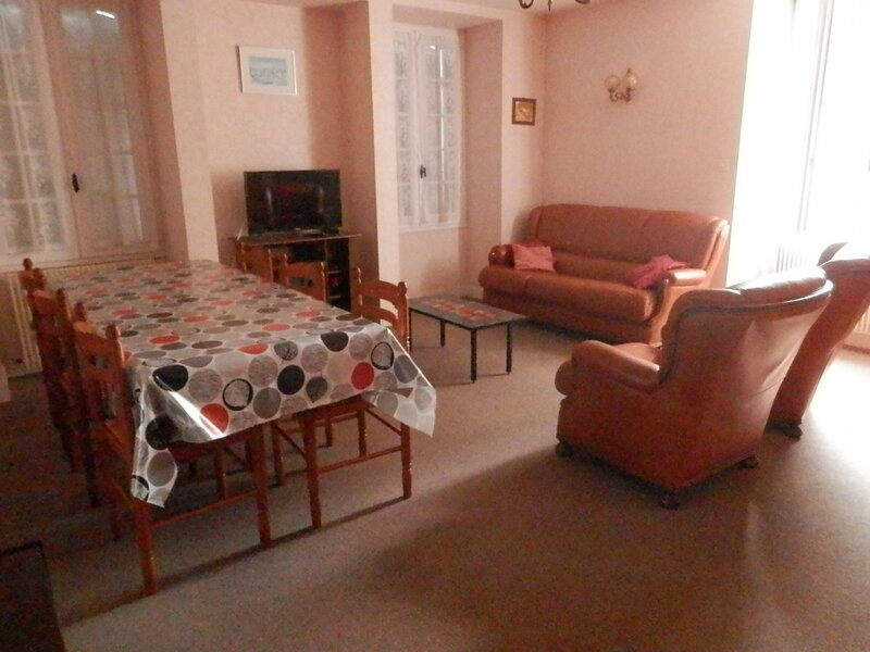 Le Bourg, holiday rental in Buzancais