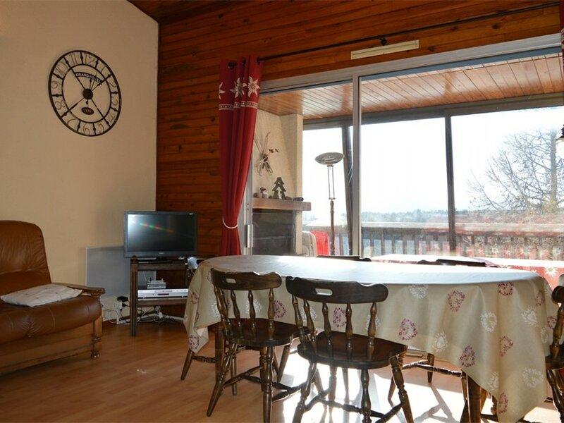 appartement duplex pour 8 personnes, casa vacanza a Bolquere