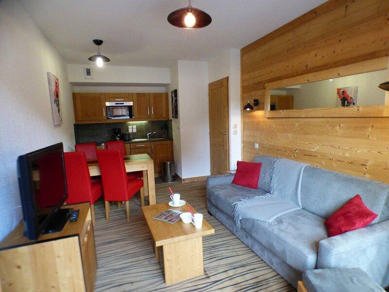 Exceptionnel! 2 pièces en résidence de tourisme 4* avec piscine et spa, holiday rental in Hauteluce