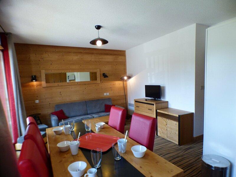 3 pièces en résidence de tourisme 4* avec piscine et spa, holiday rental in Hauteluce