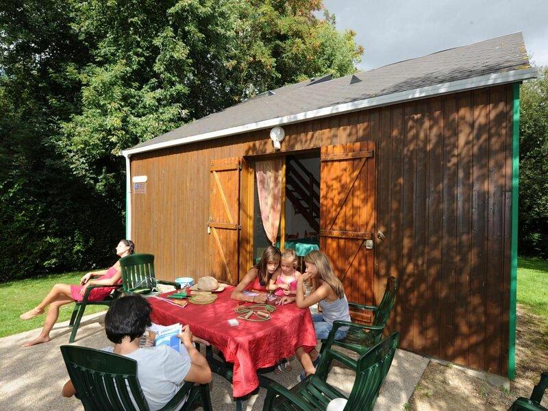 Chalet les Chèvrefeuilles, location de vacances à Chémeré-le-Roi