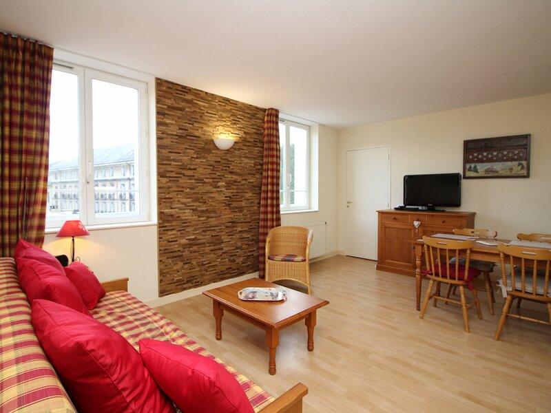 LA BOURBOULE CENTRE - Bel appartement de type T2 bis dans une belle résidence, Ferienwohnung in Saint-Sauves-d'Auvergne