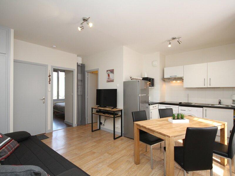 LE MONT DORE - Bel appartement de type T2 avec WIFI, alquiler vacacional en Orcival