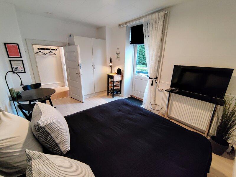Double Room with Terrace - Provstegården Bed & Breakfast, location de vacances à Odder