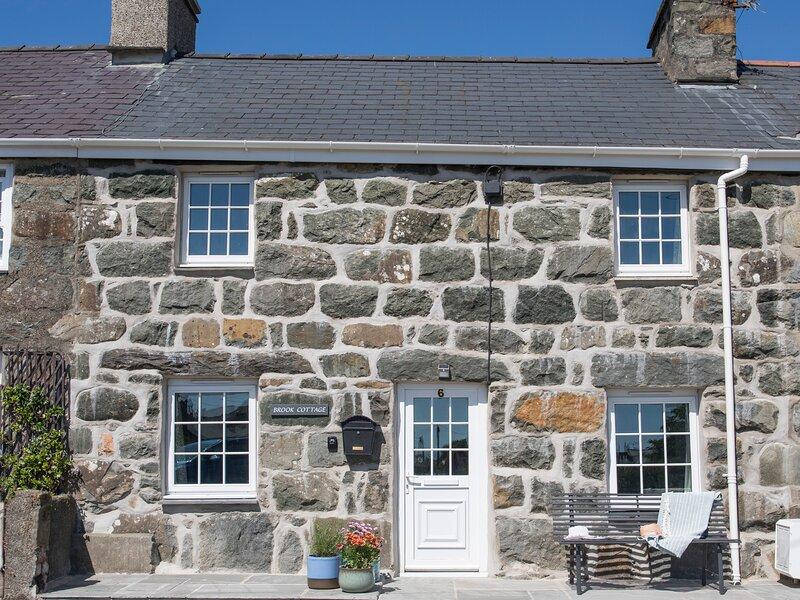 BROOK COTTAGE, 3 Bedroom(s), Criccieth, alquiler vacacional en Criccieth