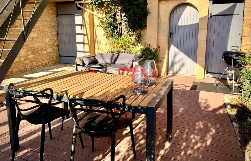 L'Annexe by la Maison du Port, holiday rental in Saint Cirq Madelon