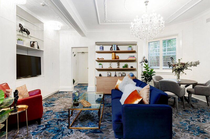 Classic Art-Deco Style in Heart of Elizabeth Bay, holiday rental in Double Bay