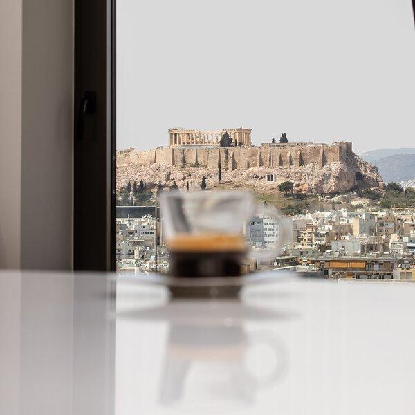 Upscale Smart Living in Acropolis by Neuvel, location de vacances à Ymittos