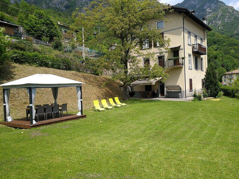 Casa Carmen Appartamento 6 posti letto con giardino., location de vacances à Pur