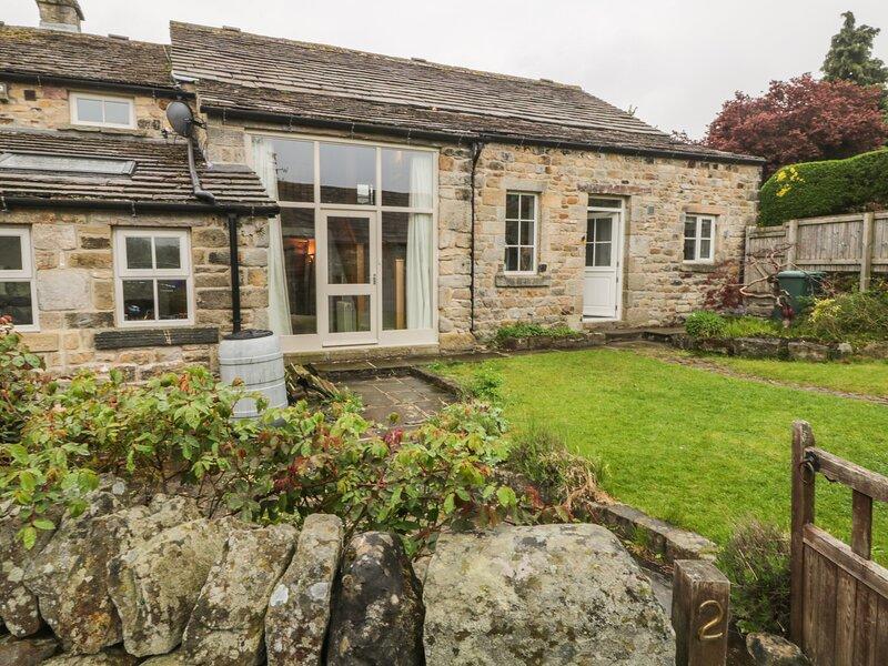2 Manor Garth Barn, Addingham, vacation rental in Ilkley